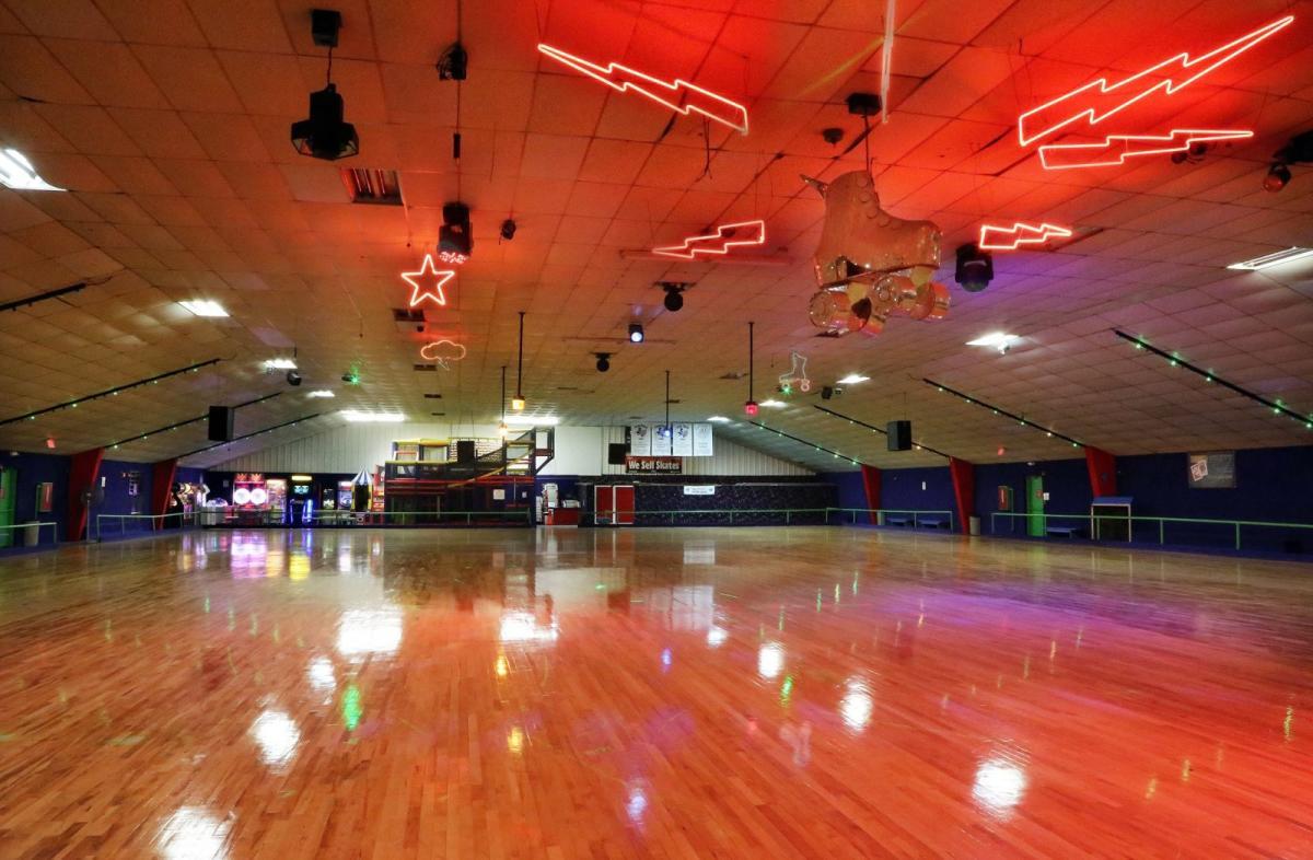 Places To Rollerskate In Austin - Roller skating rink flooring for sale