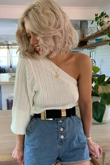 LAURA JADE CREAM ONE SHOULDER RIB KNIT JUMPER