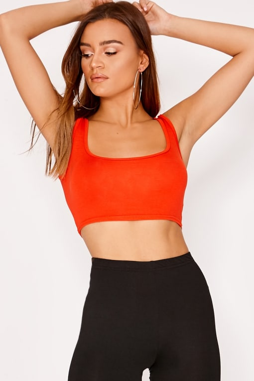 BASIC ORANGE SCOOP NECK CROP TOP