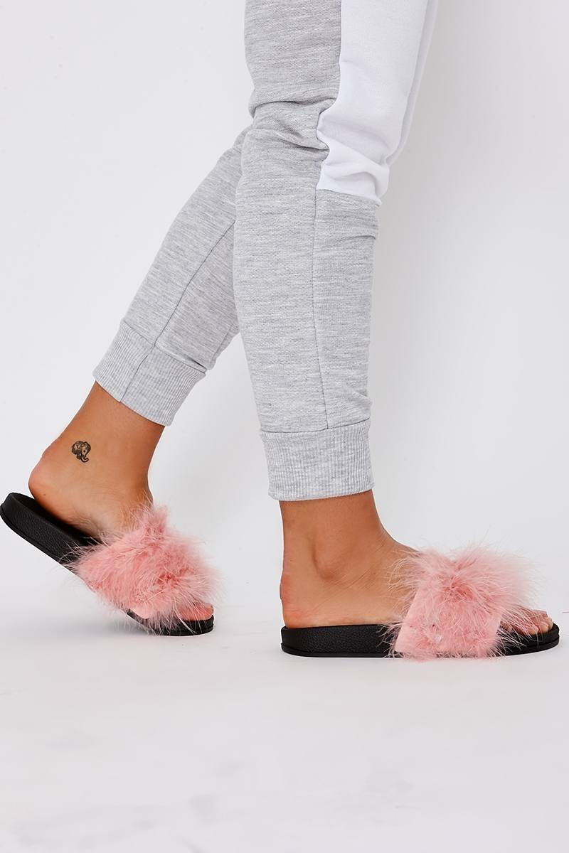 Karriana Baby Pink Extreme Fluffy Sliders  1423e0496db17