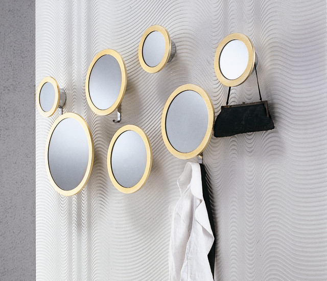 Stars composition of 7 round mirrors in different sizes for Different sized mirrors