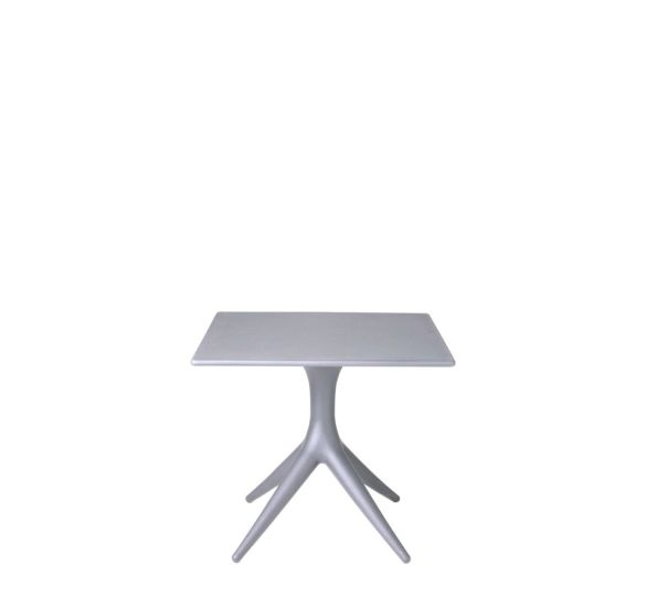 App: Table available in different finishings