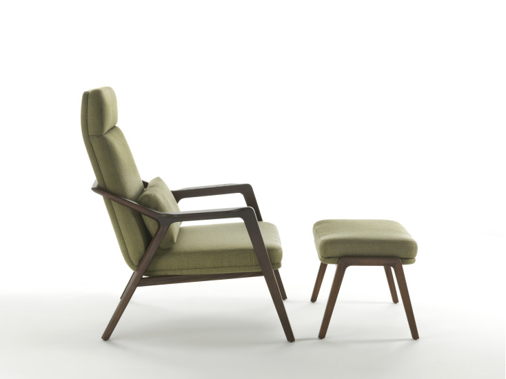Loretta: Armchair upholstered in different materials