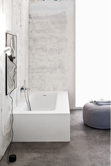 Kelly: Recessed bath in different sizes