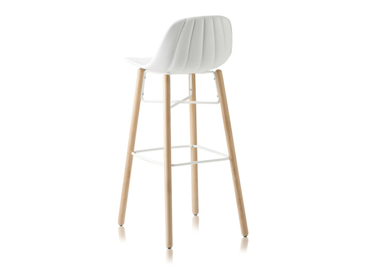 Babah W-SG-80: Stool available in different colours and finishings