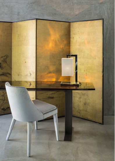 Coco Deluxe TA: Table lamp in different finishings