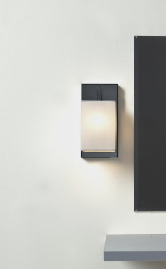 Coco AP Mini: Wall lamp in different finishings