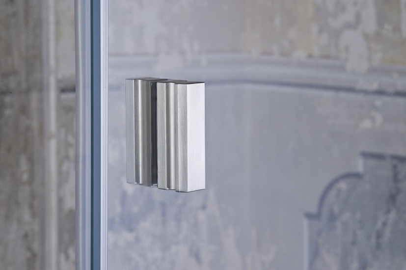 Galileo: Shower enclosure with pivoting door and side panel