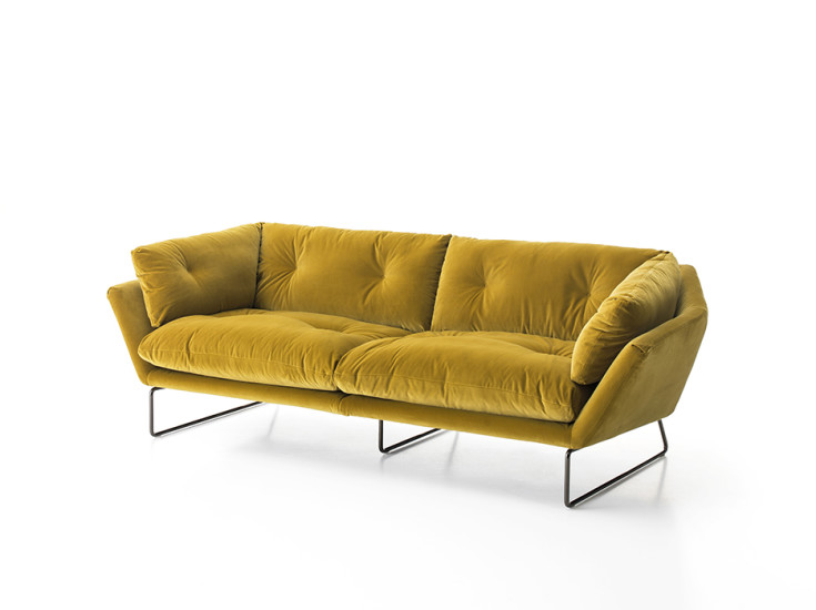New York Suite: Sofa W 230 cm upholstered in fabric or leather