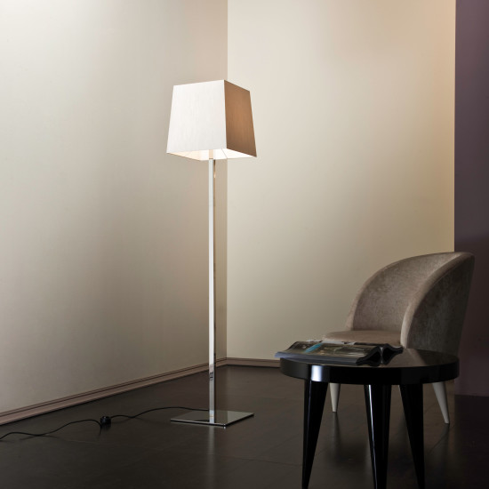 Quadra FL: Floor lamp in different finishings