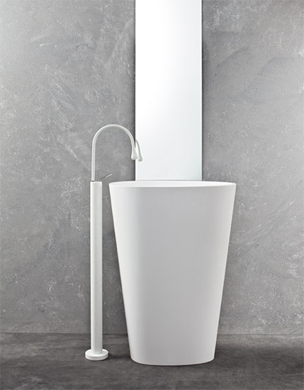 Body: Free standing washbasin in different colours