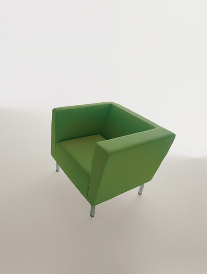 Tilt: Armchair upholstered in different materials