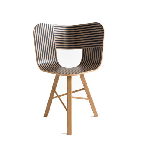 Tria Wood: Chair with ivory and black striped seat and solid oak legs