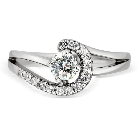 แหวนทอง 18K ประดับเพชร น้ำหนักรวม 0.35 กะรัต ค่าสี E ค่าความสะอาด VS2