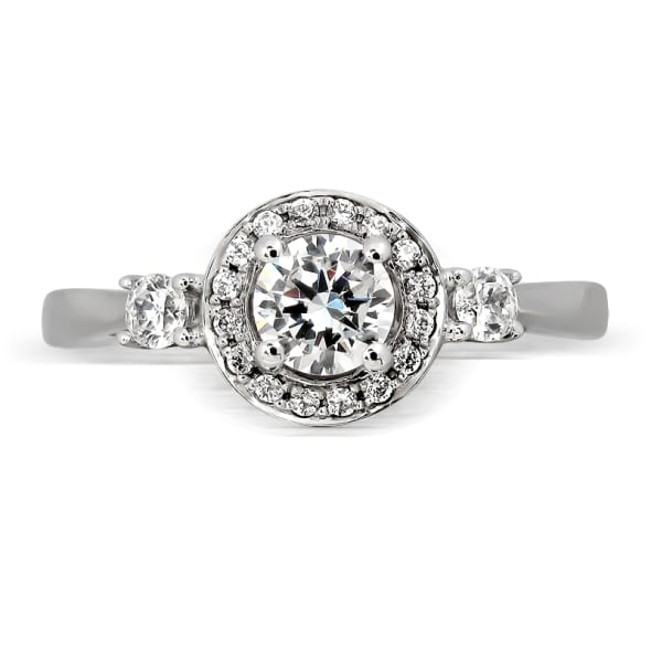 แหวนทอง 18K ประดับเพชร น้ำหนักรวม 0.45 กะรัต ค่าสี E (น้ำ 99) ค่าความสะอาด VS