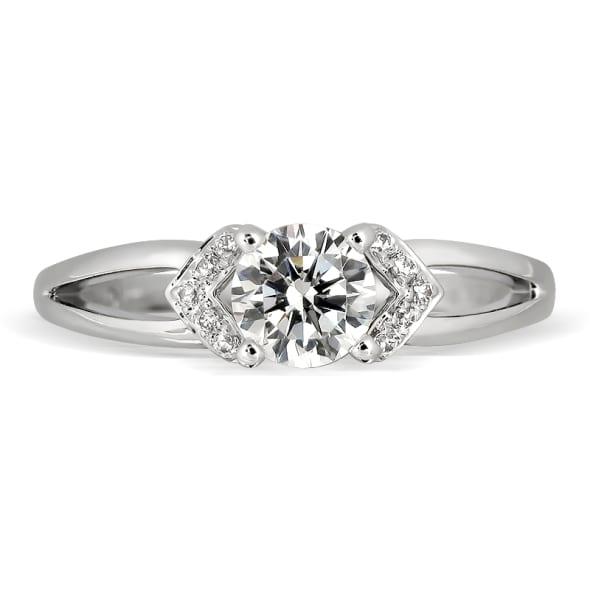 แหวนทอง 18K ประดับเพชร น้ำหนักรวม 0.45 กะรัต ค่าสี G ค่าความสะอาด VS2 EX/EX/EX เพชรมาพร้อมใบรับรองจาก GIA