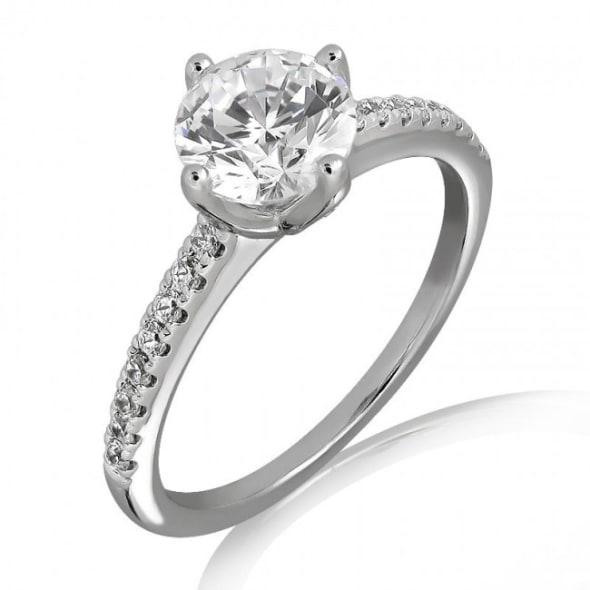 แหวนทอง 18K ประดับเพชร น้ำหนักรวม 1.30 กะรัต ค่าสี G ค่าความสะอาด VS1 EX/EX/EX เพชรมาพร้อมใบรับรองจากสถาบัน GIA