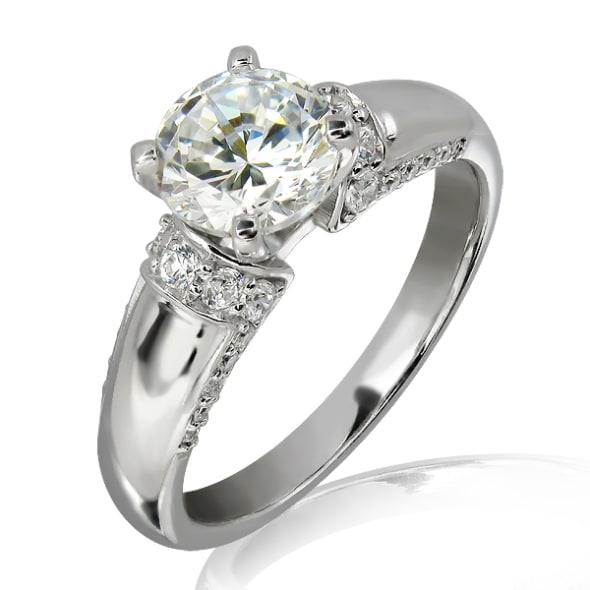 แหวนทอง 18K ประดับเพชร น้ำหนักรวม 0.80 กะรัต ค่าสี F ค่าความสะอาด VS2 EX/EX/EX เพชรมาพร้อมใบรับรองจาก GIA