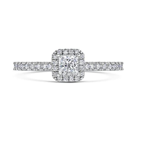 แหวนทอง 18K ประดับเพชร น้ำหนักรวม 0.64 กะรัต ค่าสี G ค่าความสะอาด VS