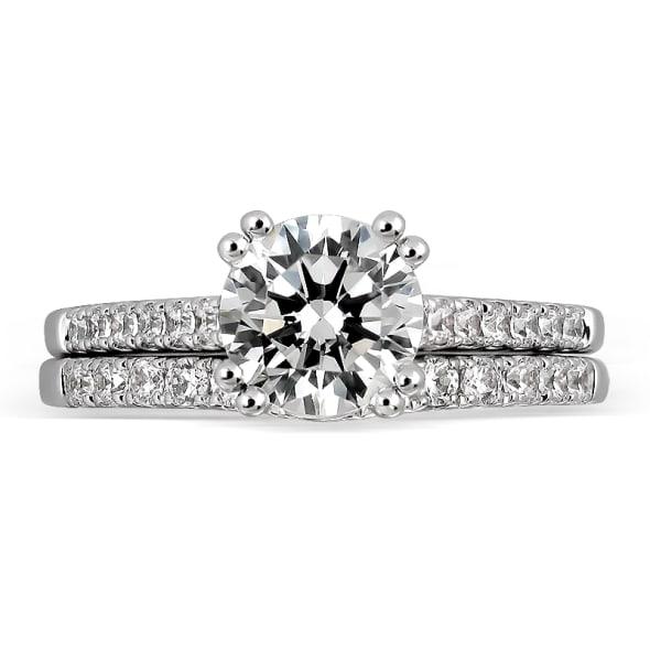 แหวนทอง 18K ประดับเพชร น้ำหนักรวม 1.00 กะรัต ค่าสี D ค่าความสะอาด VVS1 EX/EX/EX เพชรมาพร้อมใบรับรองจากสถาบัน GIA และแหวนเพชร Matching Band