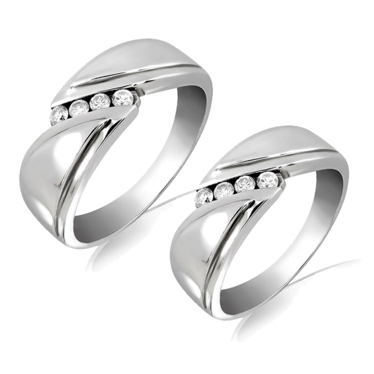 แหวนคู่รักทอง 18K ประดับเพชร น้ำหนักรวม 0.28 กะรัต ค่าสี F ค่าความสะอาด VS