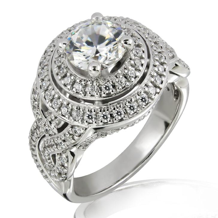 แหวนทอง 18K ประดับเพชร น้ำหนักรวม 1.10 กะรัต ค่าสี E ค่าความสะอาด VS1 เพชรมาพร้อมใบรับรองจาก GIA