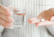 Schmerzmittel alternative fotoduets adobestockwr29f8