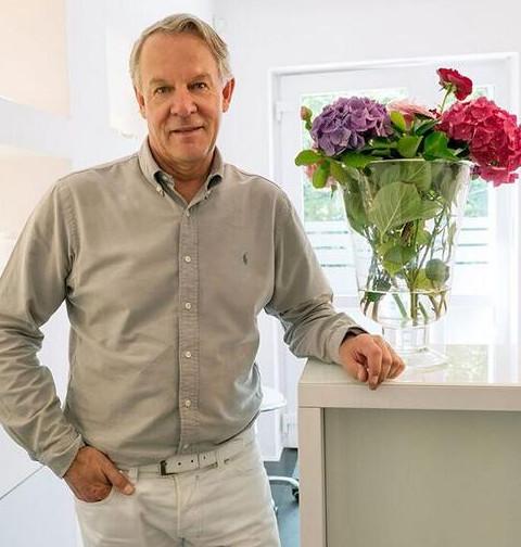 Dr. med. Jochen Meyer-Teschendorf