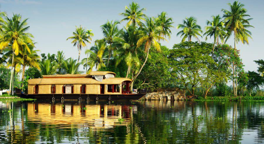 Hausboot in den Backwaters von Kerala
