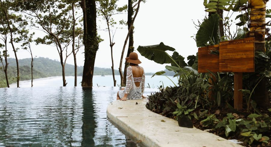 Enchanting-Travels-Costa-Rica-Tours-Manuel-Antonio-Hotels-Arenas-del-Mar-4