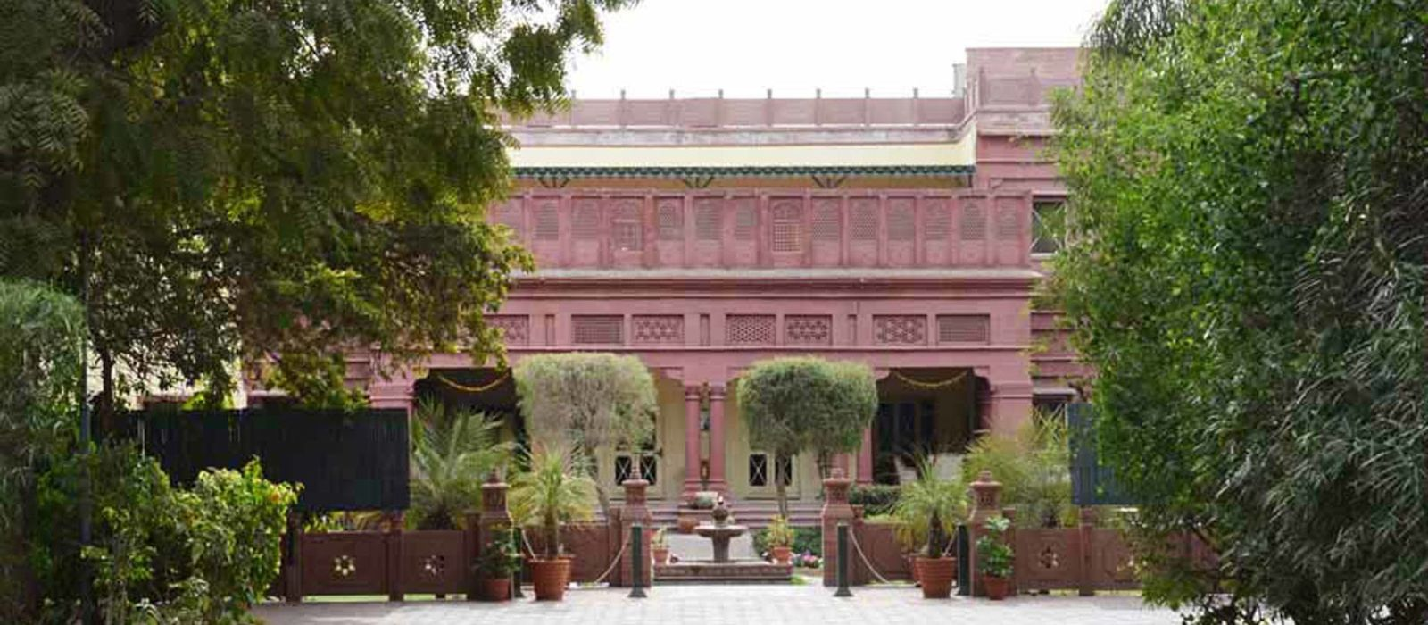 Hotel Ratan Vilas North India