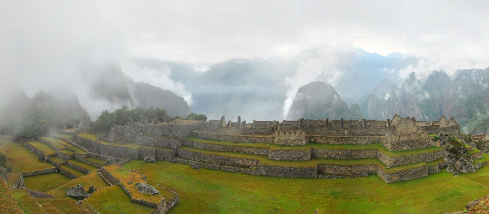 Destination Machu Picchu Pueblo Peru