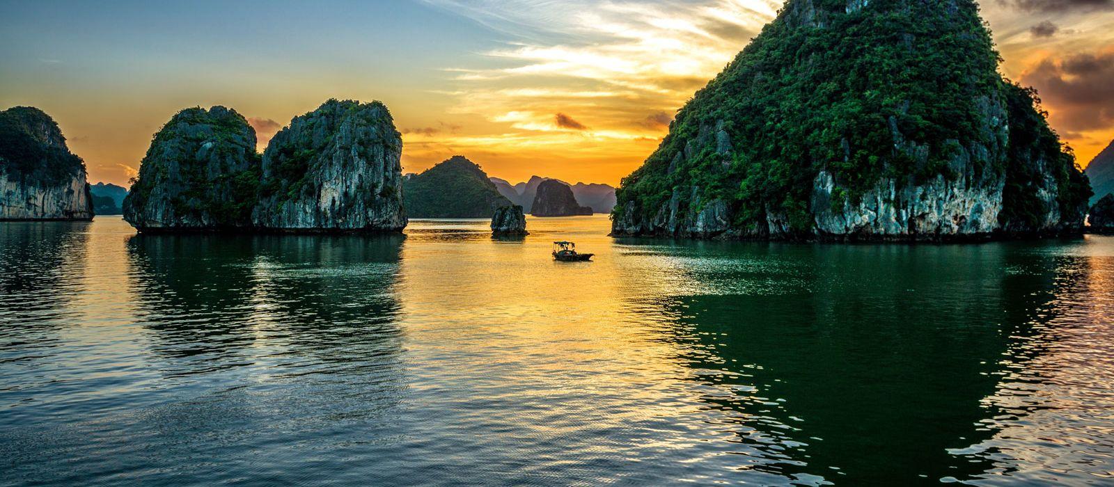 Vietnam Tours & Trips 1