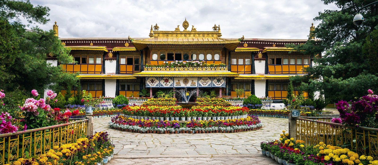 Destination Lhasa Tibet