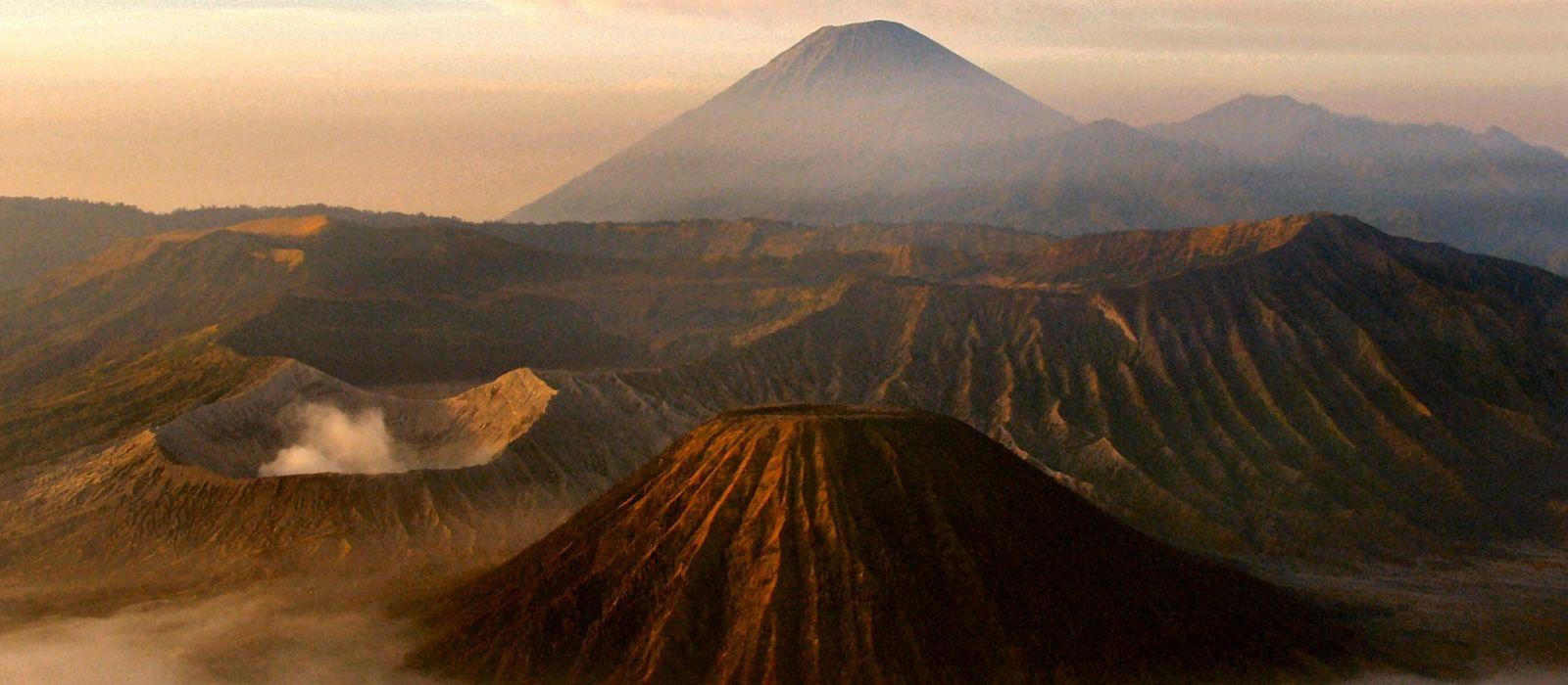Festive Special: Indonesia's Timeless Landscapes and Unique Culture Tour Trip 4
