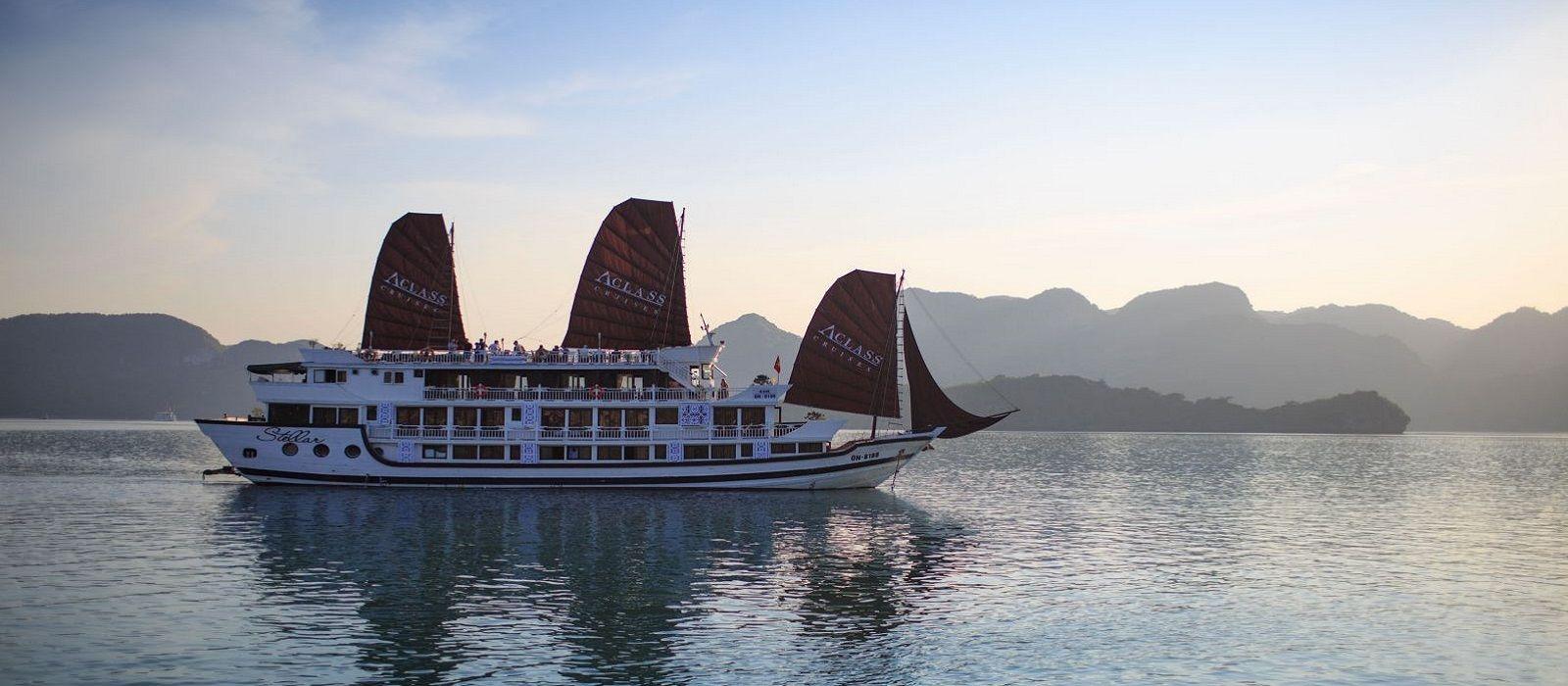 Hotel Stellar Cruise Halong Bay Vietnam