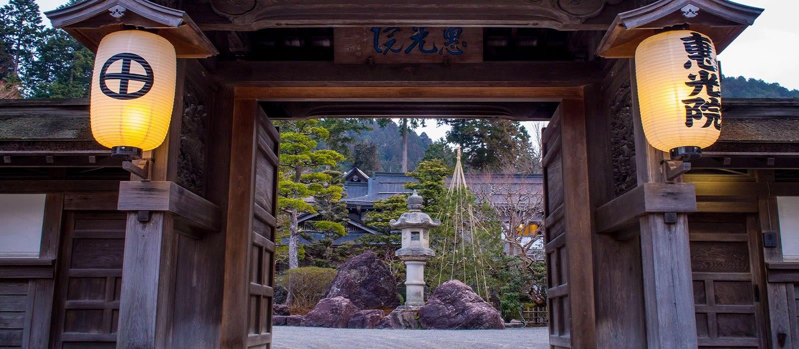 Hotel Buddhist Temple Lodging Japan