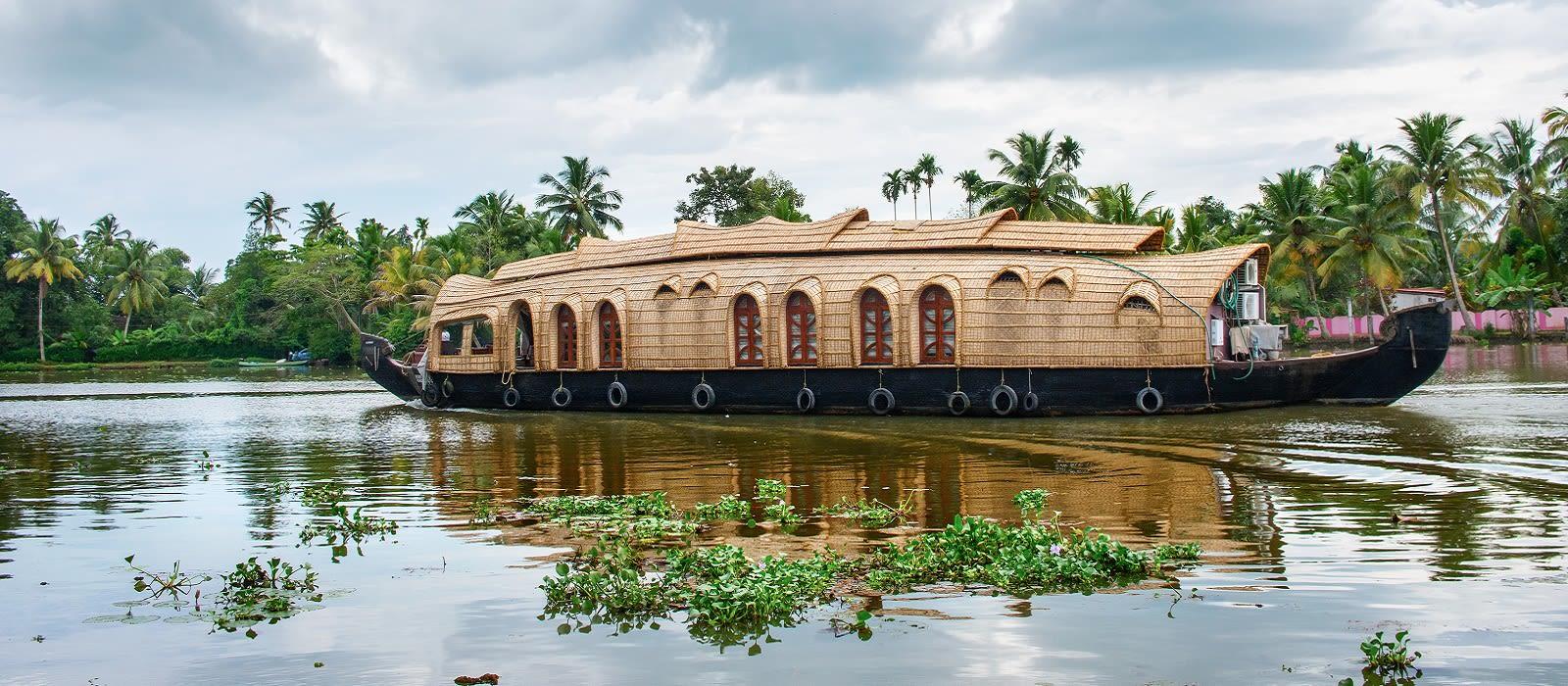 Backwaters of Kerala – Australia Special Tour Trip 1