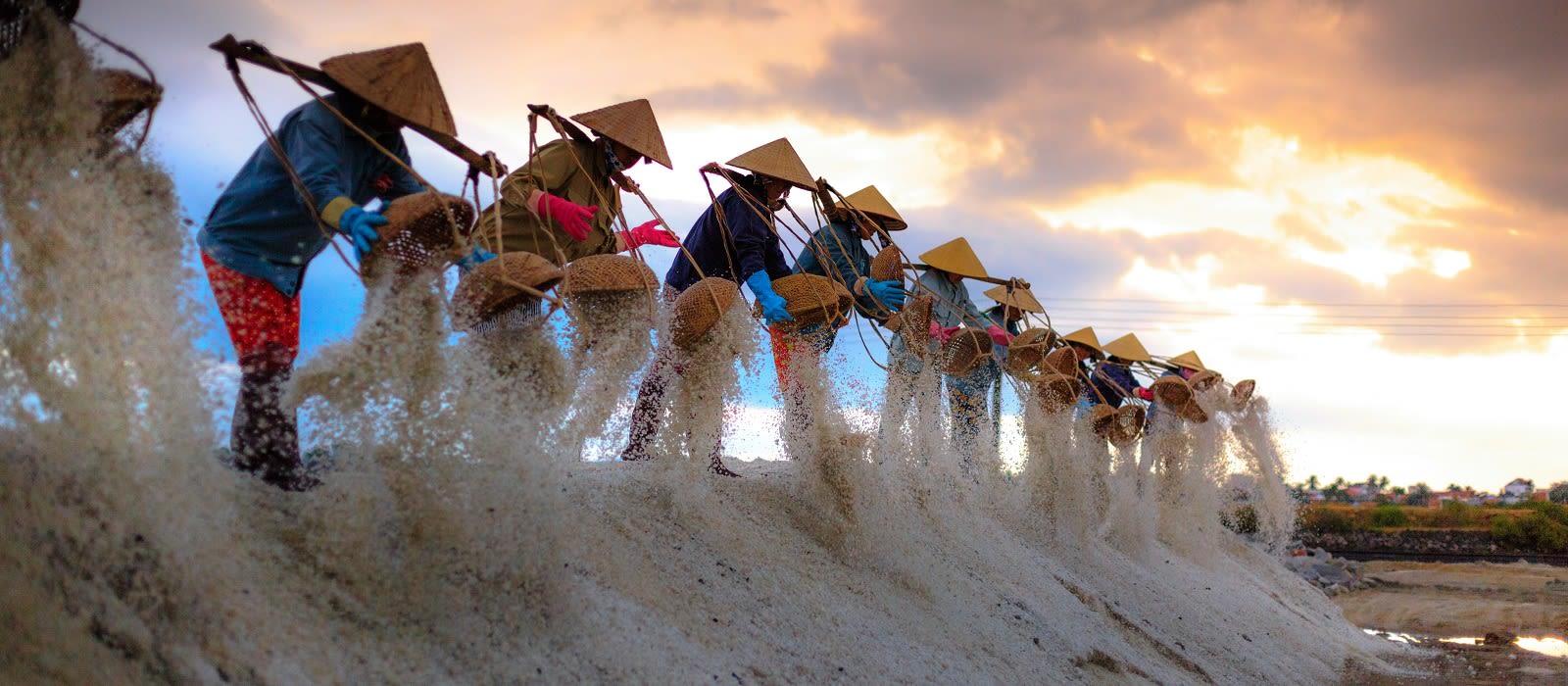 Grand of Vietnam – Australia Special Tour Trip 5