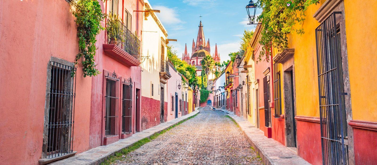 Mexico's Colonial Gems and Beach Tour Trip 5