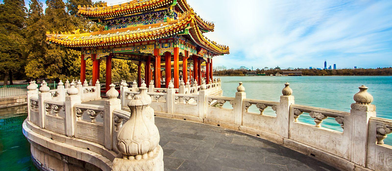 Imperial Cities, Tibet & Yangtze River Cruise Tour Trip 3