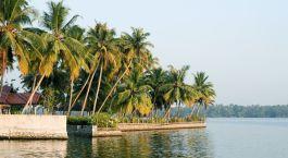 Kumarakom Sur de India