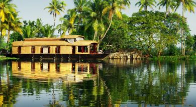 Example private tour: Backwaters to Beaches – Best of Kerala and Sri Lanka