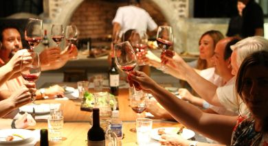 Example private tour: Dine with South Africa's Winemakers​