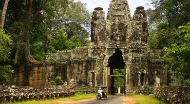 Example private tour: Cambodia's Culture, History & Pristine Beaches