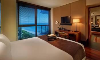 One Bedroom Ocean View Suite
