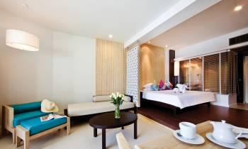 Jacuzzi® Suite Oceanfront