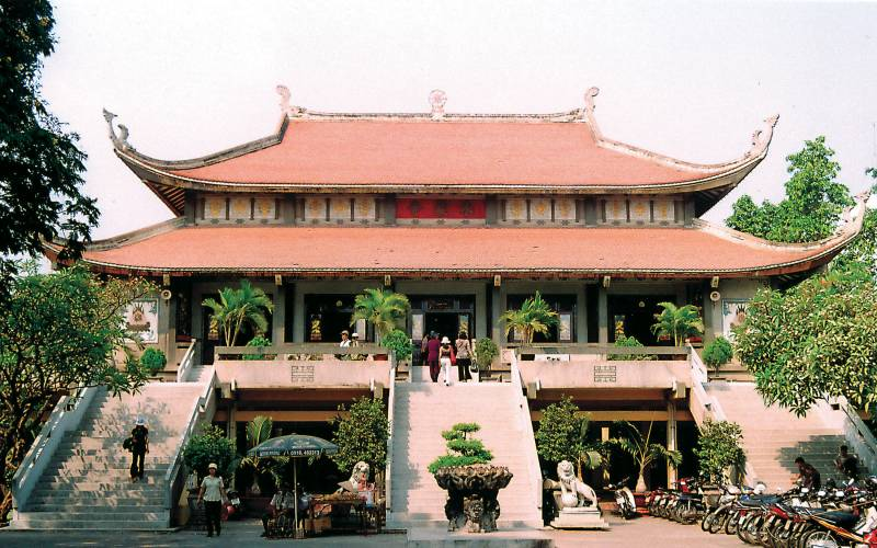 Vinh Nghiem Pagoda Ho Chi Minh City