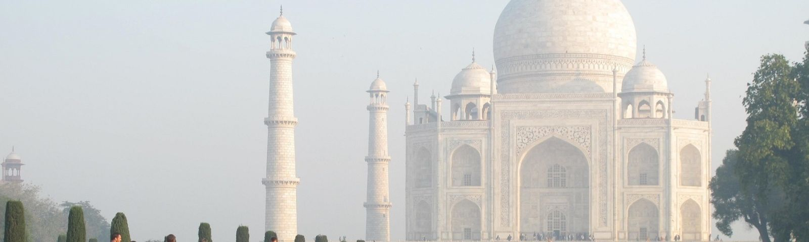 Beautiful Taj Mahal at dawn
