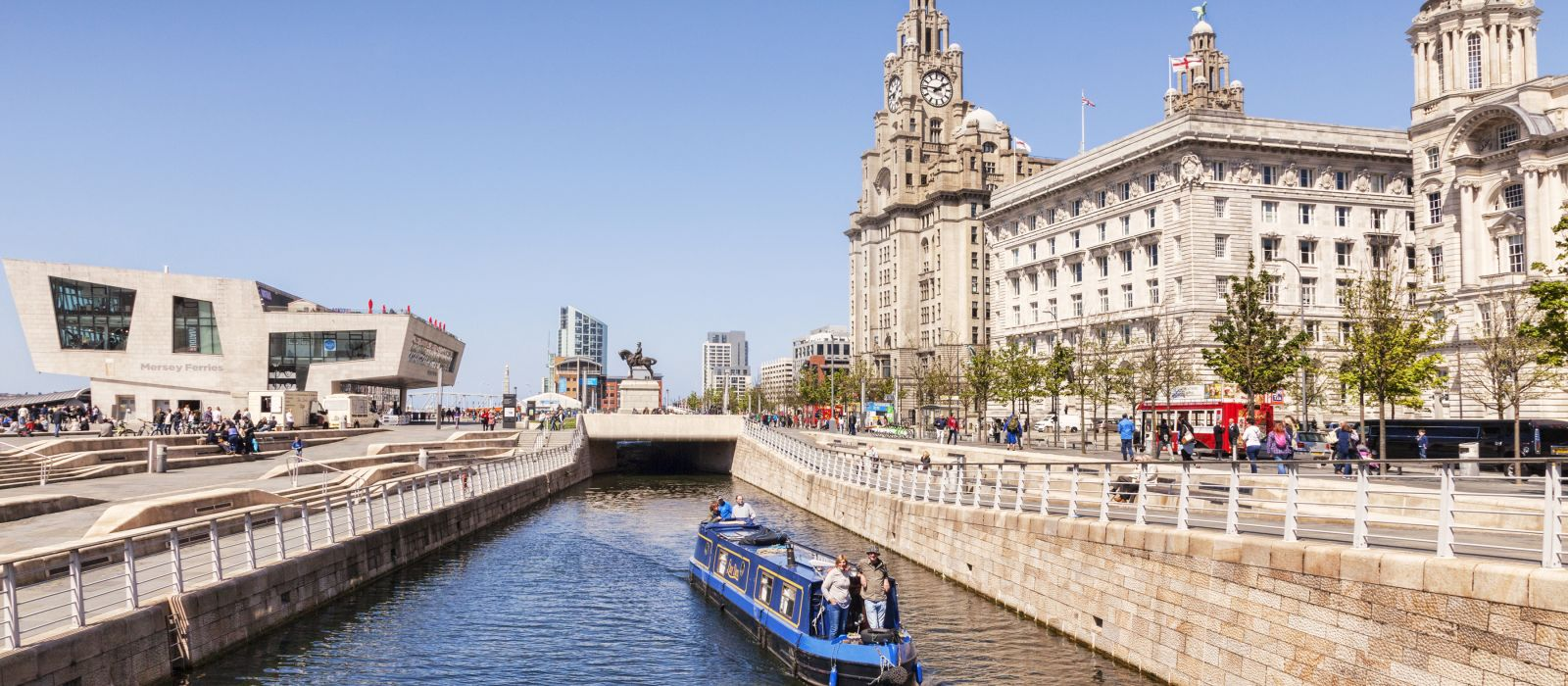 A narrowboat passing through the Liverpool Canal Link, Liverpool, England, UK, Europe